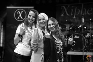 3 Metal Queens